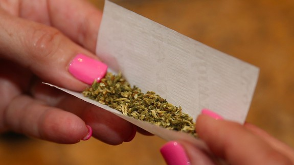 Woman unhappy about the cost of weed complains to the wrong people